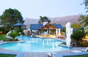 Our luxurious pool at Pearl Valley