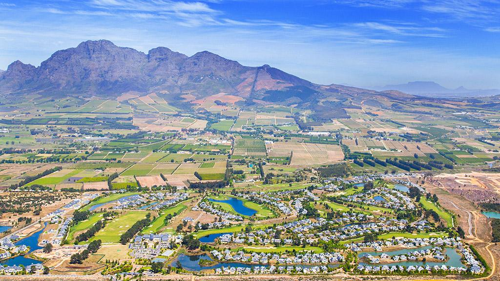 An aerial view of Pearl Valley and the surrounding landscape